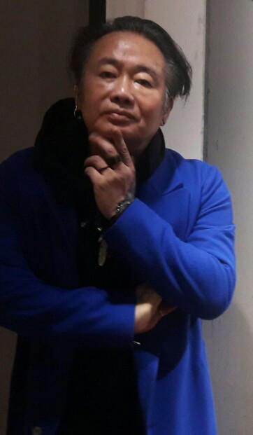 한지에 인화된 사진… 조선 후기 문인화 '설송도'가 연상된다 기사의 사진