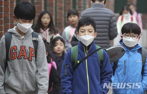 '미세먼지-냉난방-친환경' 묶은 학교 공기질 개선 기술에 300억 투입 기사의 사진
