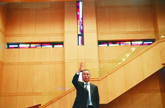 """""""교회 건축비의 '십일조' 멋지게 써주세요"""" 기사의 사진"""