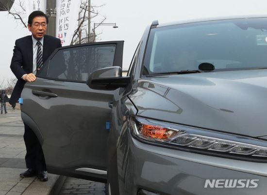 서울, 친환경車 2만5000대 시대 연다… 올 1만여대 보급 계획 기사의 사진