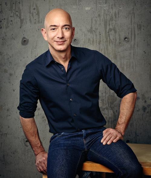 베이조스 아마존 CEO '사면초가' 직면 기사의 사진