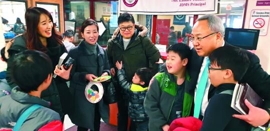 '동성애 반대' 광야에 선 교회, 선교 공동체로 성장하다 기사의 사진