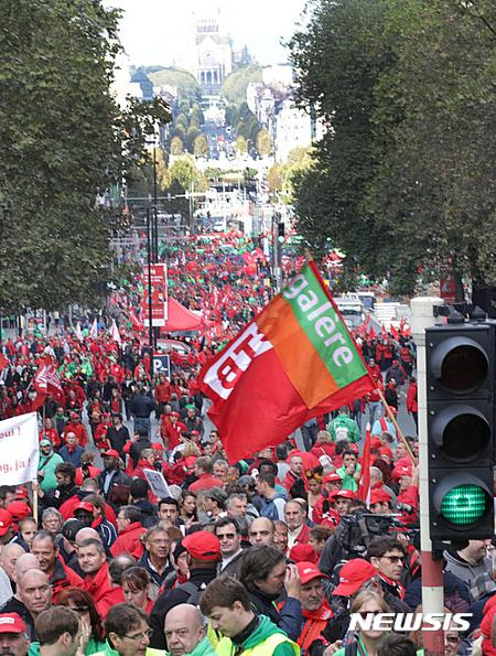 벨기에 1일 총파업 여파 하늘길 꽉 막혔다 기사의 사진
