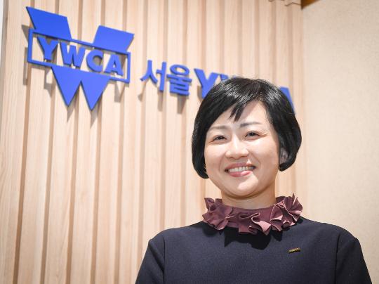 """""""통일 한국으로 나아가기 위해 평화운동 주력"""" 기사의 사진"""