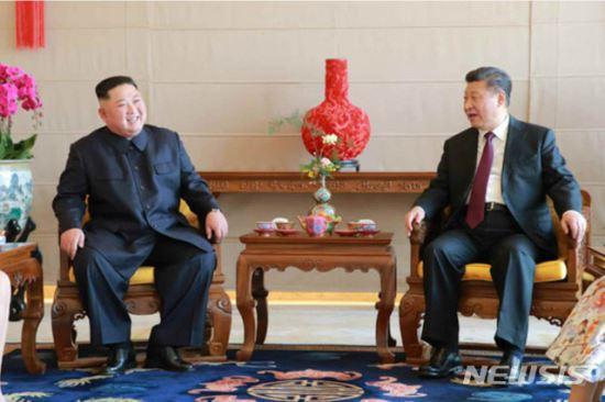 김정은, 북·미 2차 정상회담 뒤 중국 가나 기사의 사진