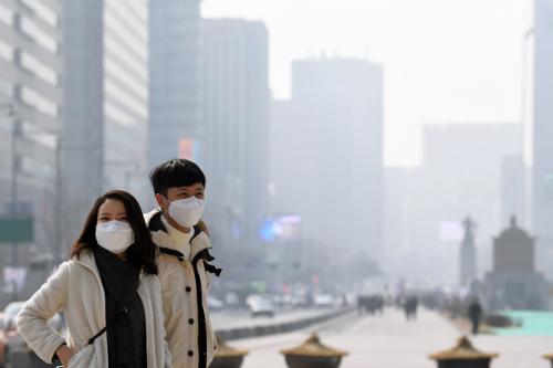 22일 배출가스 5등급車 서울 운행 제한… 적발 땐 과태료 기사의 사진