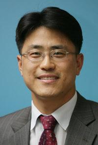 [데스크시각-김재중] 5G는 혁신 플랫폼이다 기사의 사진