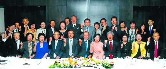 [역경의 열매] 이용만 (19) 장로 직분 맡고 말씀따라 '크리스천 CEO 포럼' 결성 기사의 사진