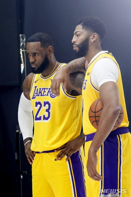 슈퍼듀오 빅뱅 'LA대전' 펼쳐진다…NBA 23일 개막