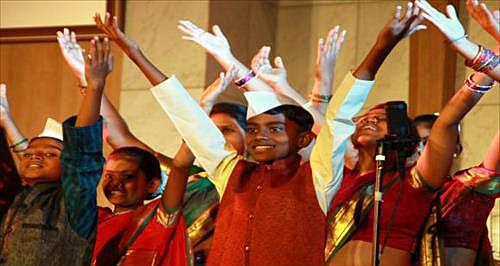 슬럼가에 피어난 기적, 인도 '바나나합창단' 내한 공연