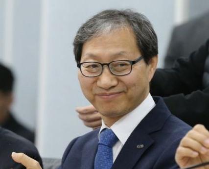 '700조 국민연금' 책임자 김성주 오늘 퇴임…총선 출마 '시동'