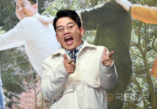 천상 개그맨 '친한예능' 김준호
