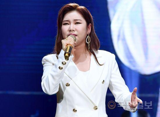 송가인, tvN '사랑의 불시착' OST '내 마음의 사진' 공개